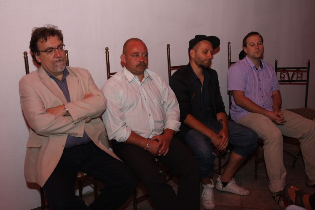 Uczestnicy dyskusji w katowickim klubie Marchołt