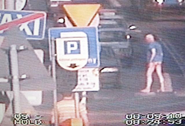 Gołego mężczyznę zastała Straż Miejska w autobusie MPK. Okazało się, że to ofiara porwania.