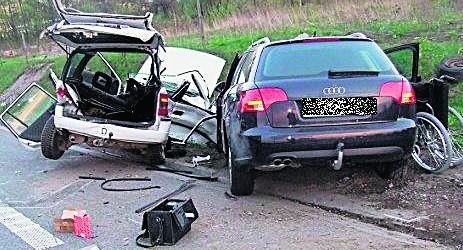 W efekcie tego wypadku do szpitala odwieziono sześć osób