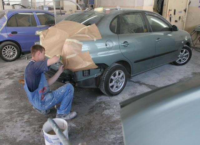 Dużo mężczyzn decyduje się na prowadzenie warsztatu samochodowego