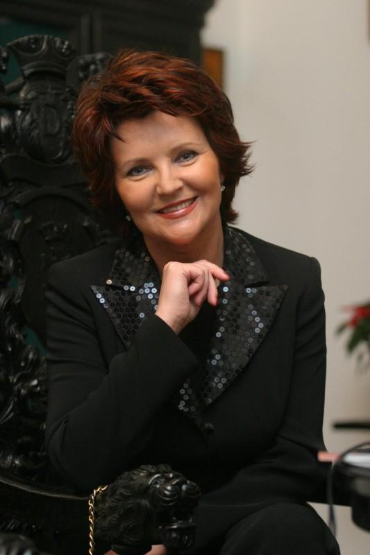 Jolanta Kwaśniewska zaangażowała się teraz w inicjatywę Kongresu Kobiet Polskich