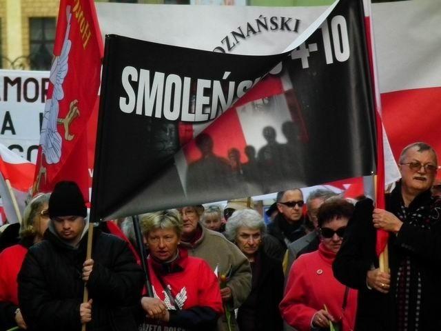 Marsz Smoleński na ulicach Poznania