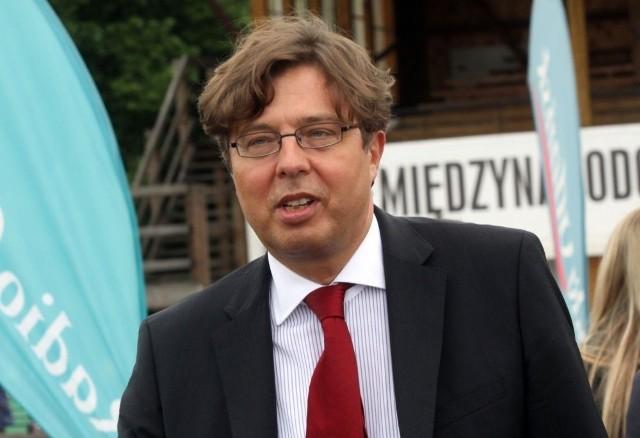 - Odważny, niezależny, o silnym charakterze - mówią zwolennicy Tadeusza Aziewicza