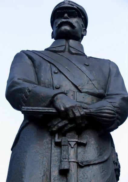 Pomnik Marszałka Józefa Piłsudskiego w Gliwicach