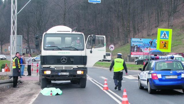 76-letni mężczyzna z Poronina zginął na przejściu dla pieszych pod kołami ciężarówki