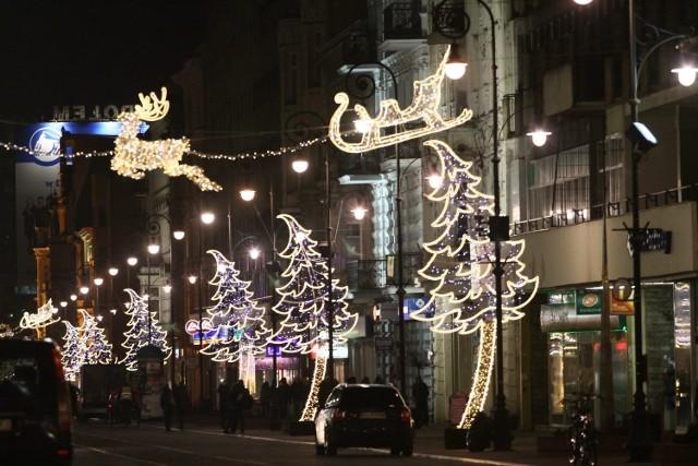 Świąteczna dekoracja ulicy Piotrkowskiej