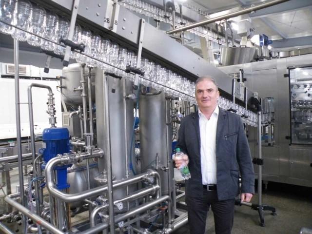 - Do Chin wysłaliśmy kontener naszej wody - mówi Grzegorz Wacek, dyrektor do spraw produkcyjno-handlowych uzdrowiska Wysowa.