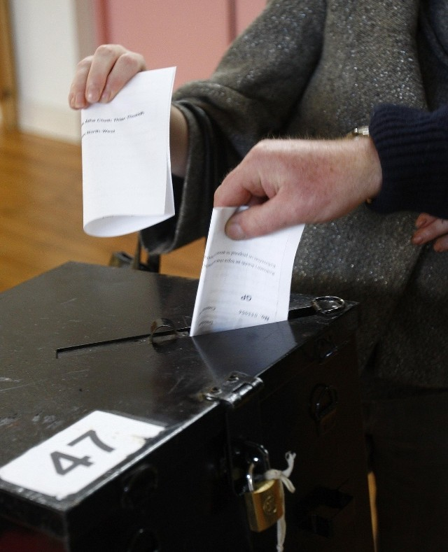 Przed referendum bardziej agresywną kampanię  prowadzili przeciwnicy reformy Unii