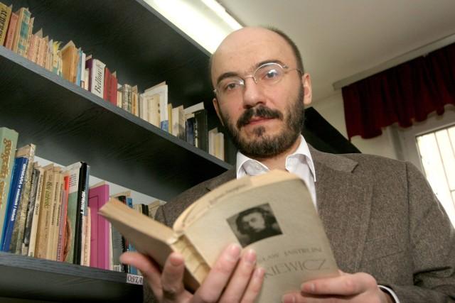 Dariusz Chętkowski, nauczyciel języka polskiego z XXI LO w Łodzi.