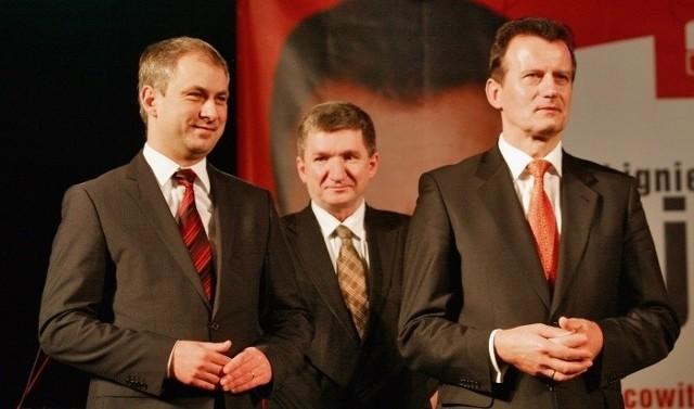 Zbigniew Ajchler (z prawej) otrzymał w sobotę wsparcie od przewodniczącego SLD