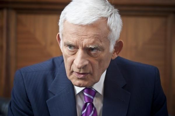 Mówi się, że Jerzy Buzek mógłby się ubiegać o prezydenturę RP. Gdyby tak się stało, jednym z   jego rywali byłby na pewno Bronisław Komorowski