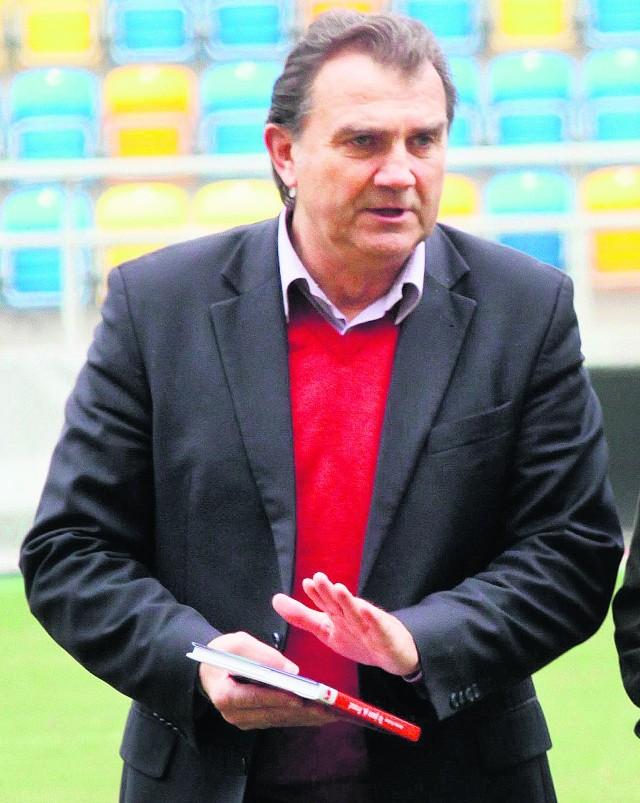 Andrzej Czyżniewski nadal będzie pracował w pionie sportowym gdyńskiego klubu