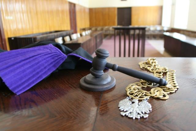 Przed sądem w Łodzi rozpoczął się proces mężczyzny oskarżonego o zabójstwo pracownicy Providenta.