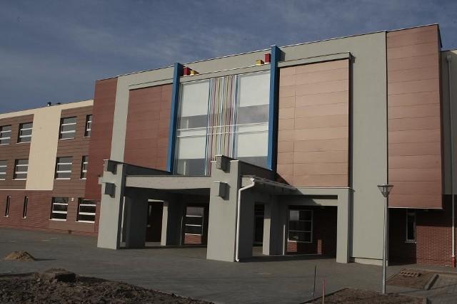 Budynek szkoły na Strzeszynie