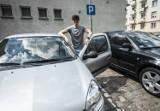 Płacić, czy nie płacić? Parkingowe dylematy w centrum Koszalina