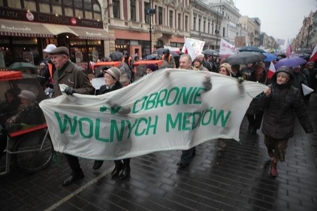 Ogólnopolskie marsze ojca Tadeusza Rydzyka pokazują, że to on jest siłą i to on przesądzi o tym, kto w Polsce będzie prawicą