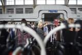 Babi Targ na MTP. Tłumy wietrzyły szafy na wiosnę [ZDJĘCIA]