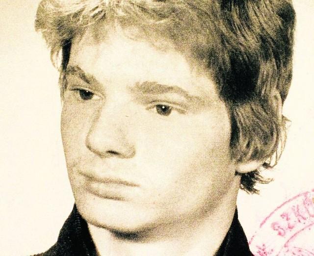 """Piotr Majchrzak, nazywany przez przyjaciół """"Pietją,"""" stracił życie, gdy miał 19 lat"""