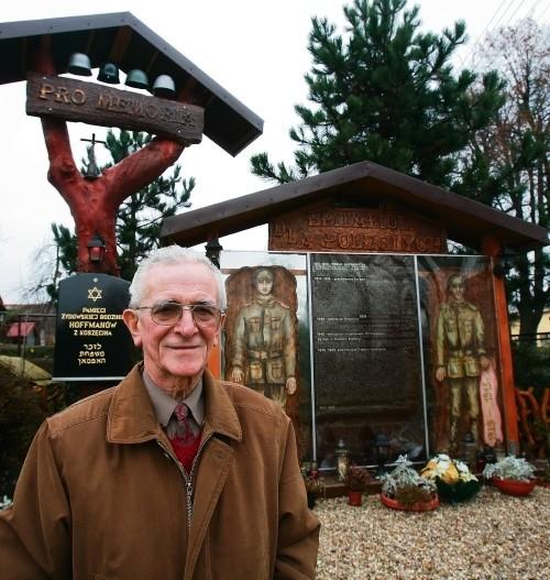 Pomnik postawiony przez Jana Myrcika dla 370 poległych chłopaków z Koszęcina