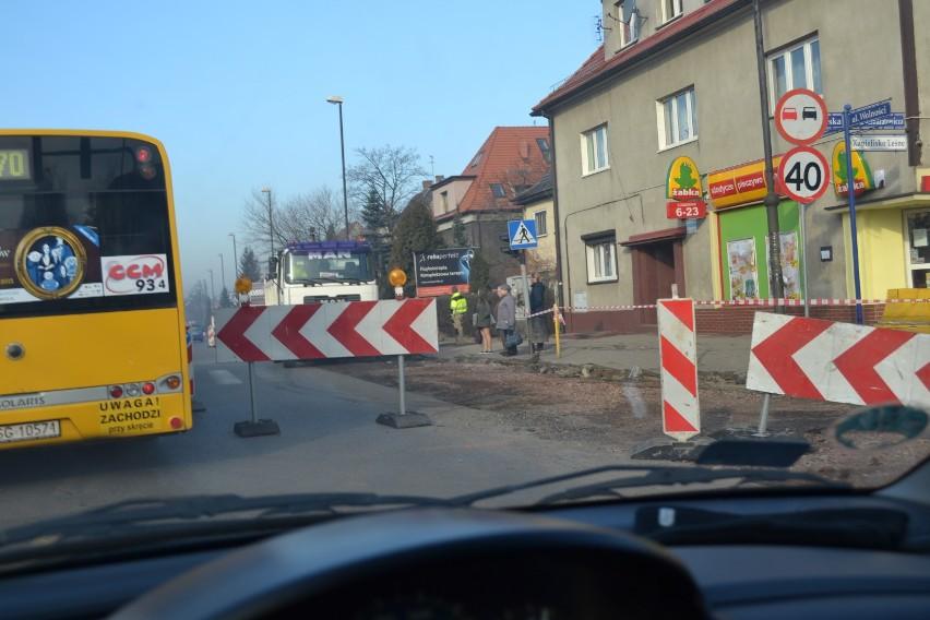 Drogi w Zabrzu: przebudowa skrzyżowania Kondratowicza i...
