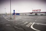 Będą zwolnienia w hipermarkecie TESCO w Szczawnie-Zdroju. Likwidują dział sprzedaży internetowej
