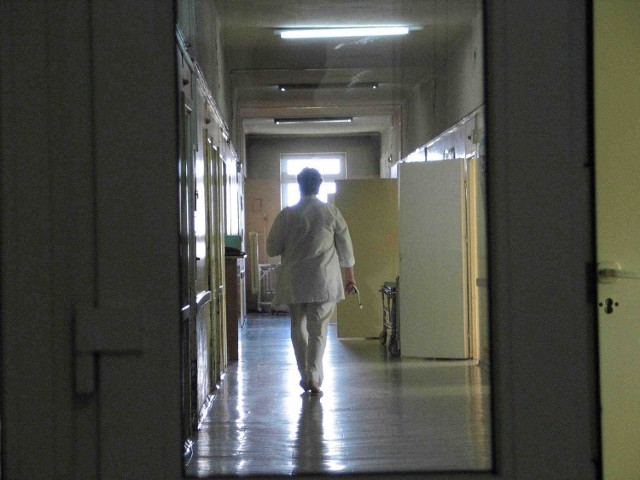 Tragiczna sytuacja niektórych szpitali  powoduje, że wisi nad nimi widmo likwidacji