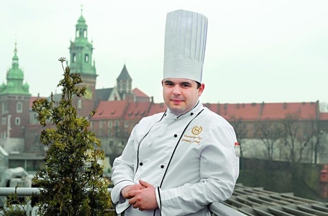 Tomasz Leśniak, szef kuchni hotelu Sheraton w Krakowie, od 2006 r. kucharz reprezentacji Polski w piłce nożnej