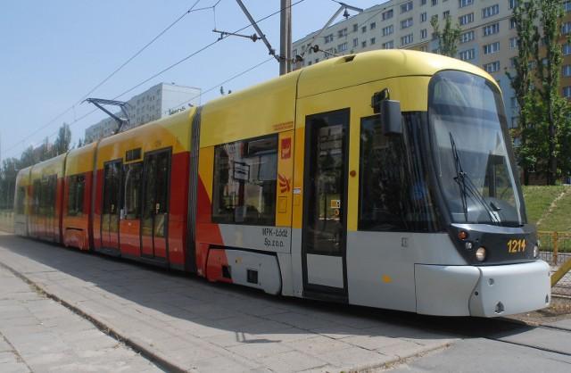 Zamiast do pętli przy Wyszyńskiego we wtorek rano tramwaje dojeżdżały tylko do Bratysławskiej. Na Wyszyńskiego uszkodzona była sieć trakcyjna.