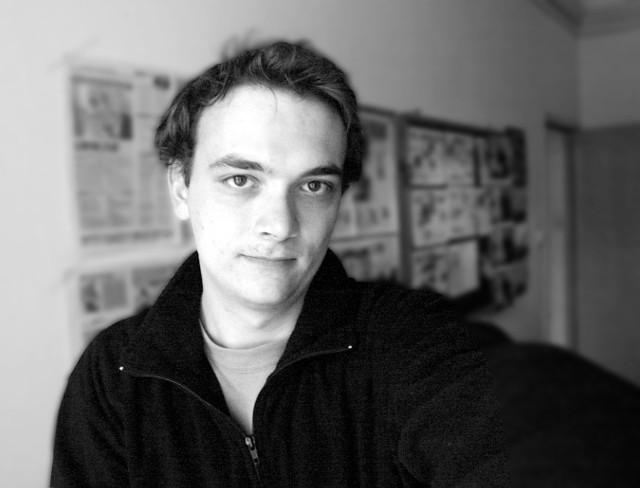 """Poznaniak Filip Springer, autor książki """"Miedzianka"""""""