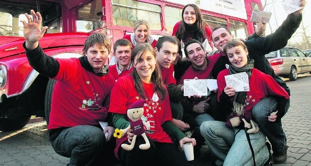 Wolontariusze pomagali we Wrocławiu m.in. przy organizacji Dnia Życzliwości. Teraz wykażą się na Euro 2012