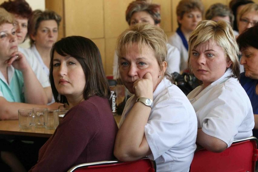 Przez cały dzień trwały negocjacje ze strajkującymi pielęgniarkami