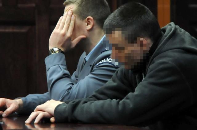Podejrzany o podwójne morderstwo w Słupsku na sali sądowej