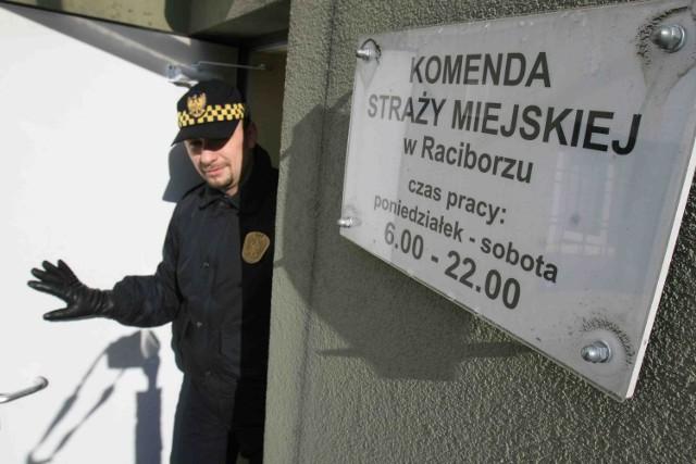 Władze Raciborza zapowiadają, że strażnicy miejscy lada dzień dostaną dodatkowe uprawnienia i ruszą w teren
