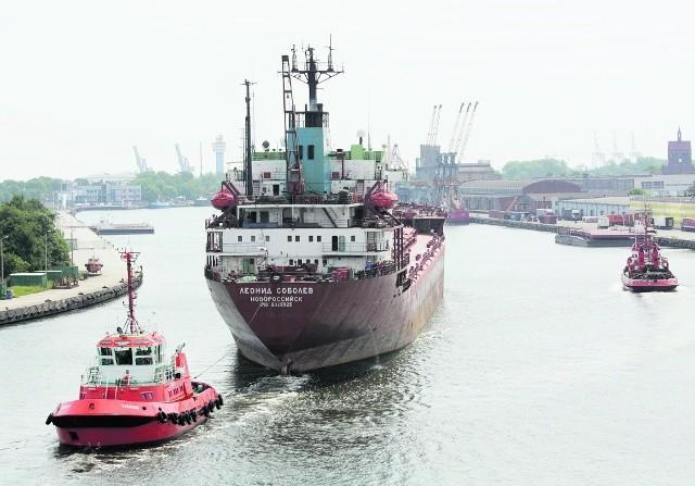 W porcie gdańskim nie brakuje pracy ekipom firm operatorskich i obsługujących statki