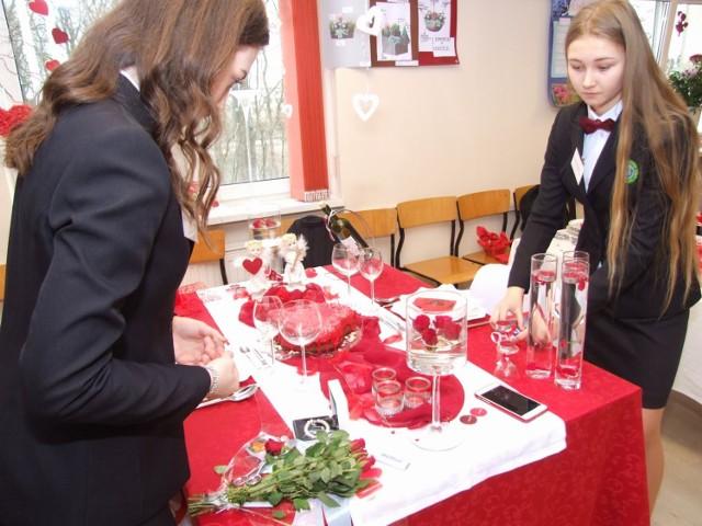 Uczniowie w walentynki stoczą potyczki przy stołach - kto przygotuje najpiękniejszy? A kto zachwyci podniebienia?