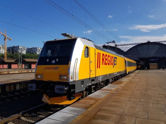 Prawdopodobnie jeszcze w tym roku ruszy połączenie kolejowe RegioJet Przemyśla z Pragą w Czechach.