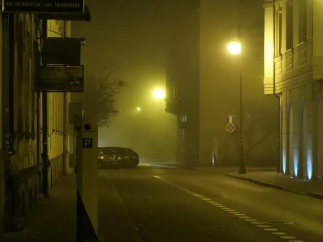 Nowy Sącz rozpoczyna walkę ze smogiem. Wieczorami powietrze jest zanieczyszczone