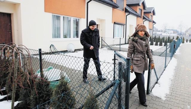 Anna i Piotr Janowicz nie chcą aktu notarialnego, w którym mają zrzec się roszczeń.
