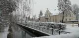 Zimowy spacer po Pruszczu. Odkryj z nami fascynujace perełki architektury miasta  ZDJĘCIA
