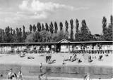 Tak niegdyś i dziś kąpano się w Szczecinku. Historyczne i współczesne plaże Trzesiecka [zdjęcia]