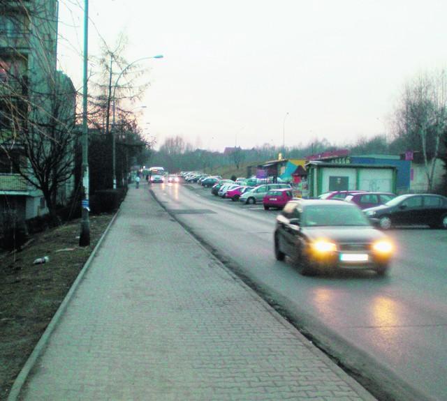 Po otwarciu pierwszej części drogi KN-2 ruch  na ulicy Legionów Polskich zwiększył się aż o 30 procent - potwierdziły to badania zlecone przez burmistrza Kolawińskiego