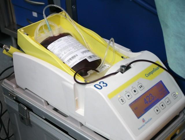 Potrzebna krew dla ciężko rannego w wypadku na Dąbrowskiego Macieja Jaraszki