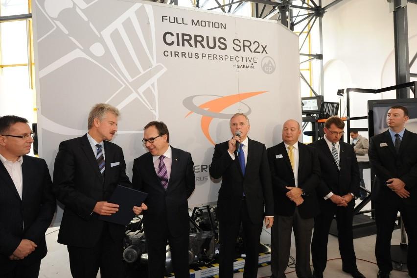 Poznań: Niezwykły symulator lotów na Ławicy [ZDJĘCIA]