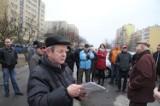 Mieszkańcy osiedla Świętokrzyskiego w Kielcach walczą o swój parking (WIDEO, zdjęcia)