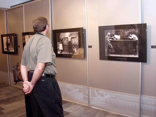 Miejska Galeria Sztuki nie ma pieniędzy na konieczny generalny remont, bo miało ją wchłonąć centrum