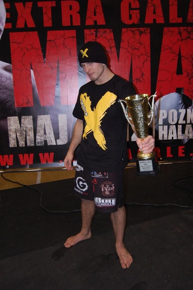 23-letni Borys Mańkowski jest faworytem sobotniego pojedynku