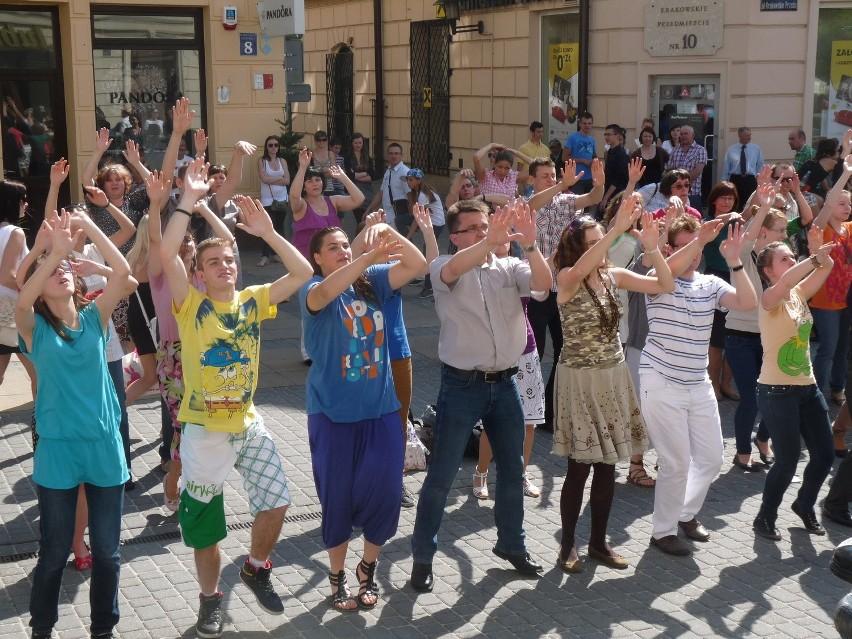 Flash mob promujący Koncert Chwały