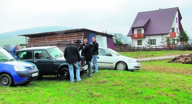 W tym domu w Ratułowie znaleziono w piątek zwłoki 68-letniego mężczyzny
