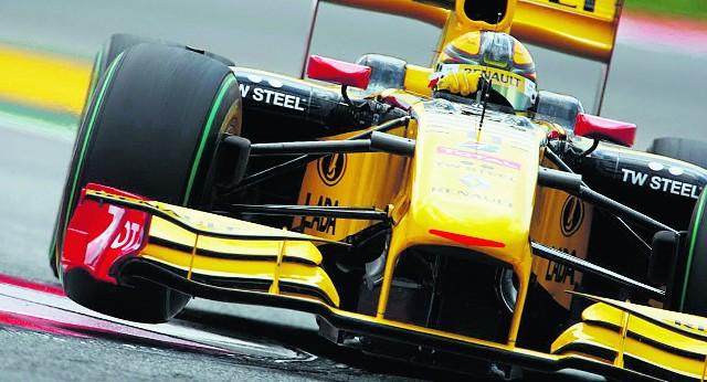 Robert Kubica nie zdecydował się na zmianę przedniego skrzydła, bo groziło to spadkiem poza pierwszą dziesiątkę