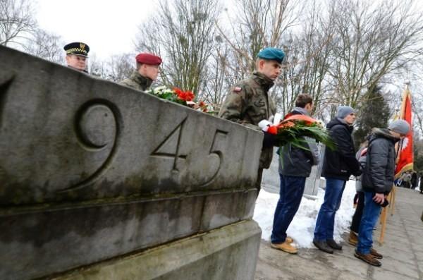 W poniedziałek w Poznaniu odbyły się uroczystości upamiętniające zakończenie walk o Poznań z lutego 1945 roku.